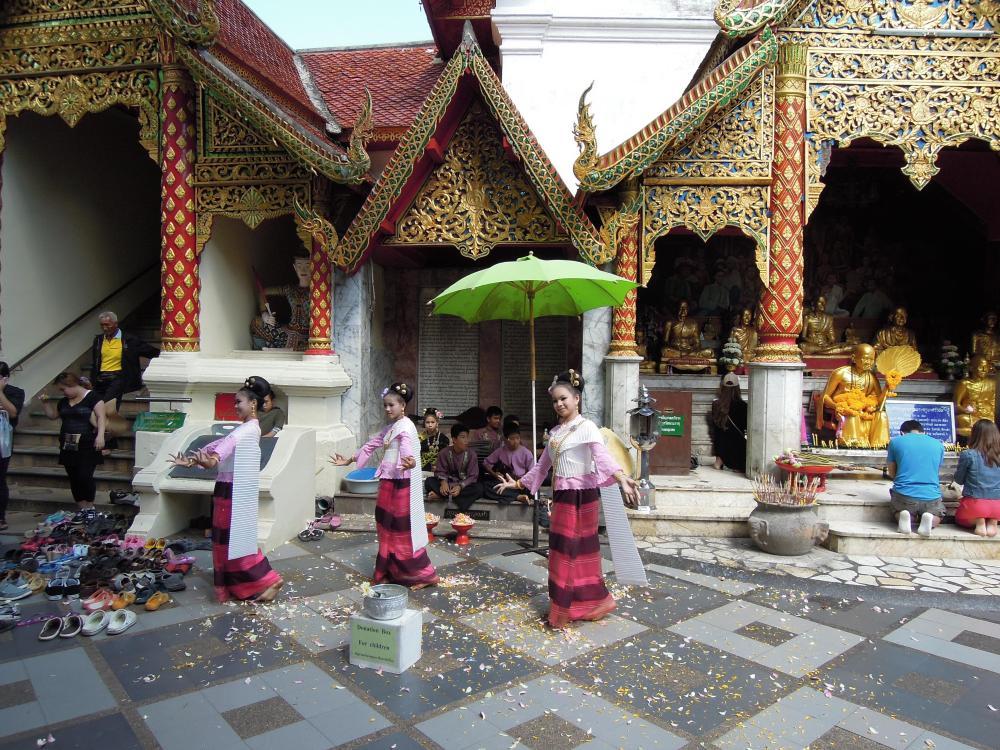 W świątyni Wat Phra That na górze Doi Suthep, fot. M. Lehrmann