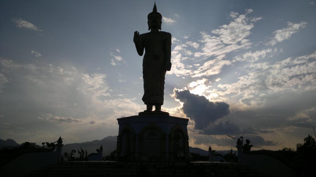 Posąg Buddy, Oudomxay , fot. Pep Puig