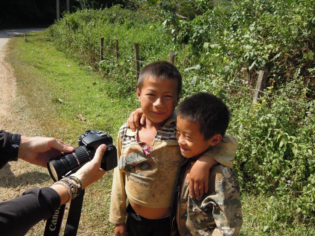 Dzieci uwielbiają oglądać siebie na zdjęciach, fot. A. Mielczarek