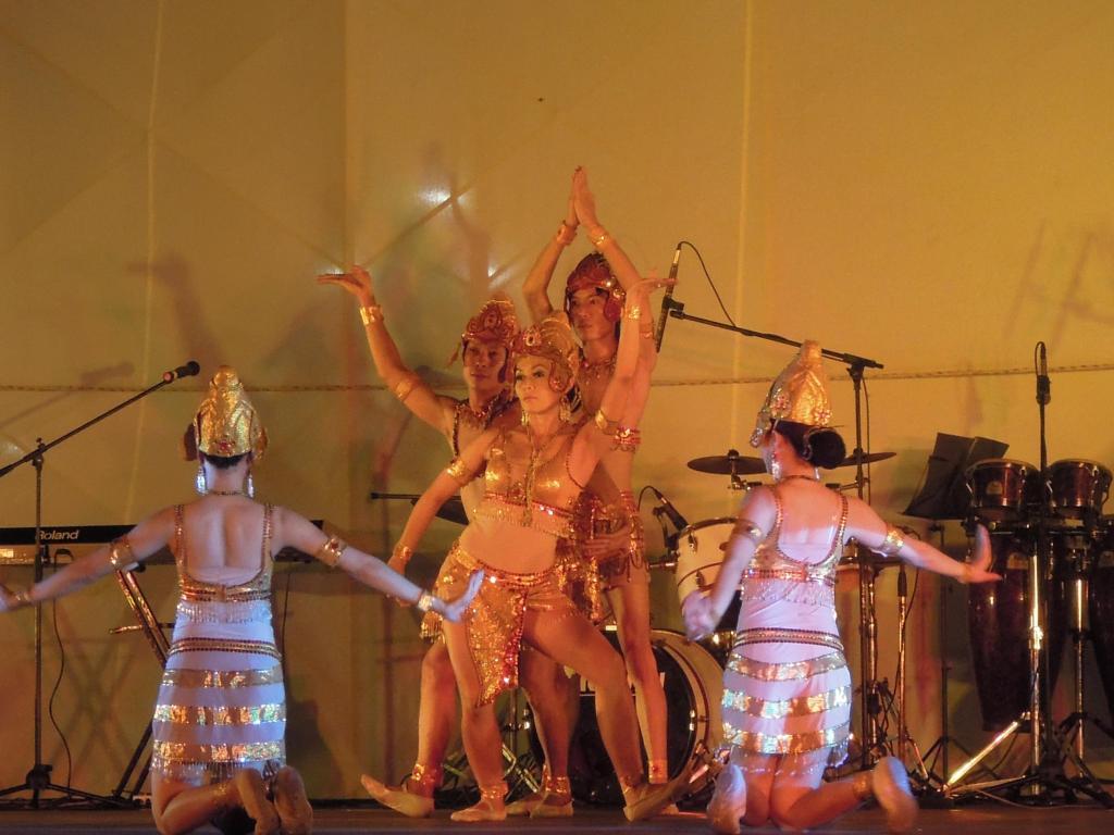 Pokaz tradycyjnego tańca ludności Cham, Hanoi, fot. M. Lehrmann