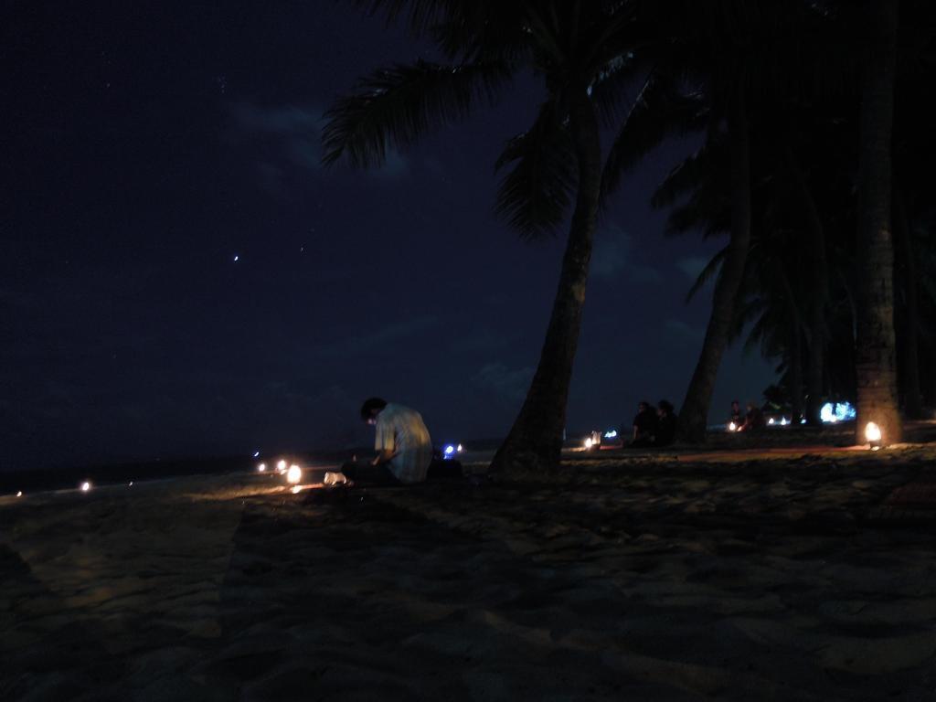 Kolacja na China Beach, fot. A. Mielczarek