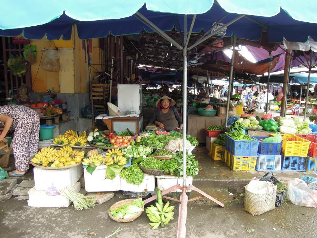 Straganiarka na targu w Hoi An, fot. M. Lehrmann