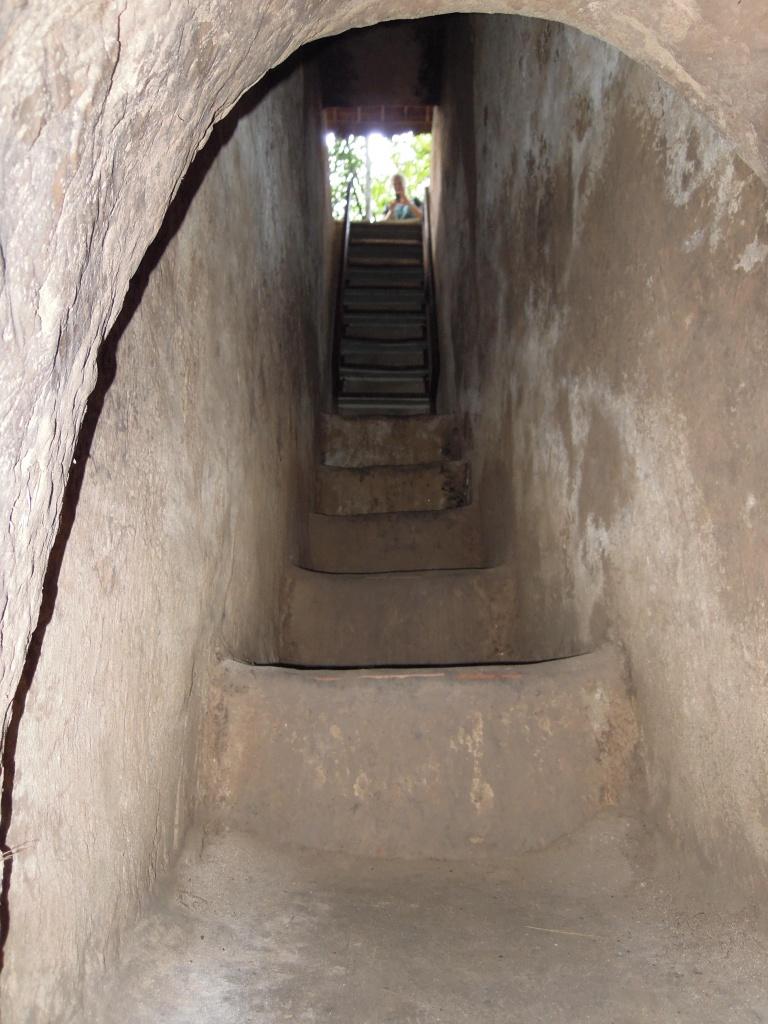 Tunele są wąskie - nie dla klaustrofobików, Cu Chi, fot. M. Lehrmann