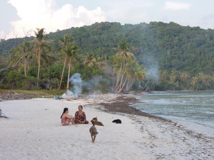 Wietnamskie kobiety na plaży Sao, Phu Quoc, fot. M. Lehrmann