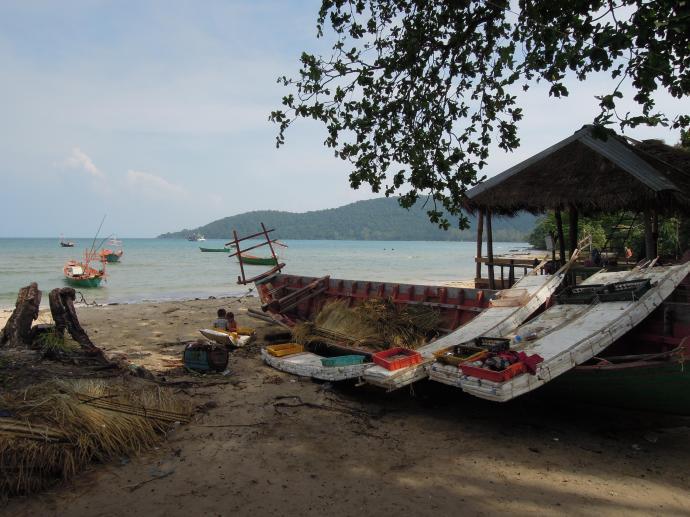 Łodzie można zbudować tylko z listewek i styropianu, Koh Rong Samloem, fot. A Mielczarek