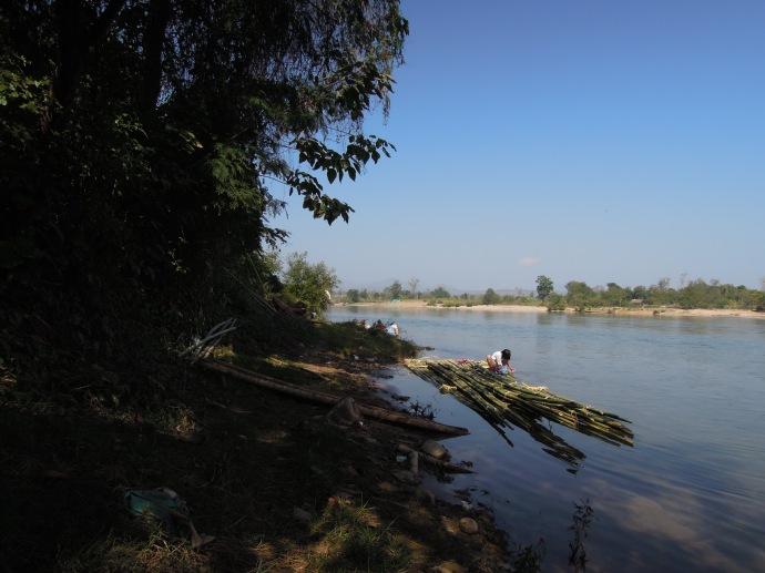 Tratwa na rzece Dokthawaddy, Hsipaw, fot. M. Lehrmann