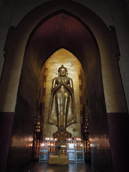 Stojący Budda, Ananda Pagoda, XI w., fot. M. Lehrmann