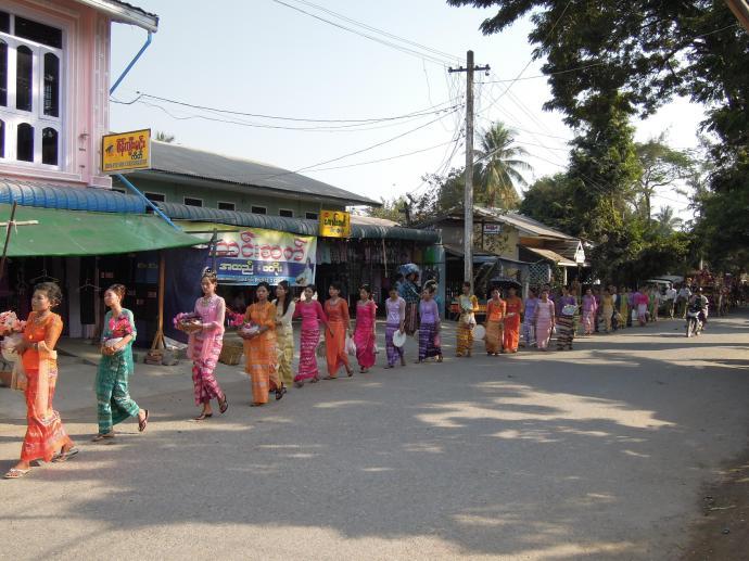 Celebracja, Sagaing, fot. M. Lehrmann