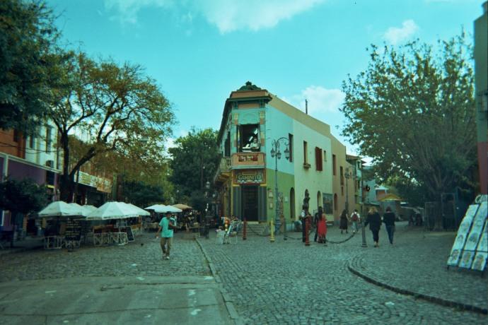Dzielnica portowa La Boca zamieszkana w XIX wieku przez włoskich emigrantów, głównie genueńczyków, fot. M. Lehrmann