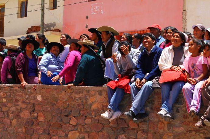 Mieszkańcy miasteczka Iryua w prowincji Salta, Argentyna, fot. O'n'G