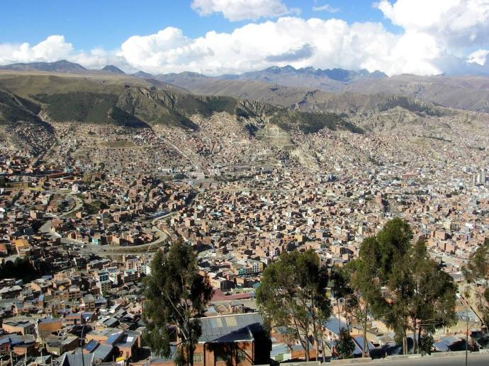 Niesamowita panorama La Paz, Boliwia, fot. Fran A. Acero. Zdjęcie pochodzi ze strony autora www.viajeserraticos.com