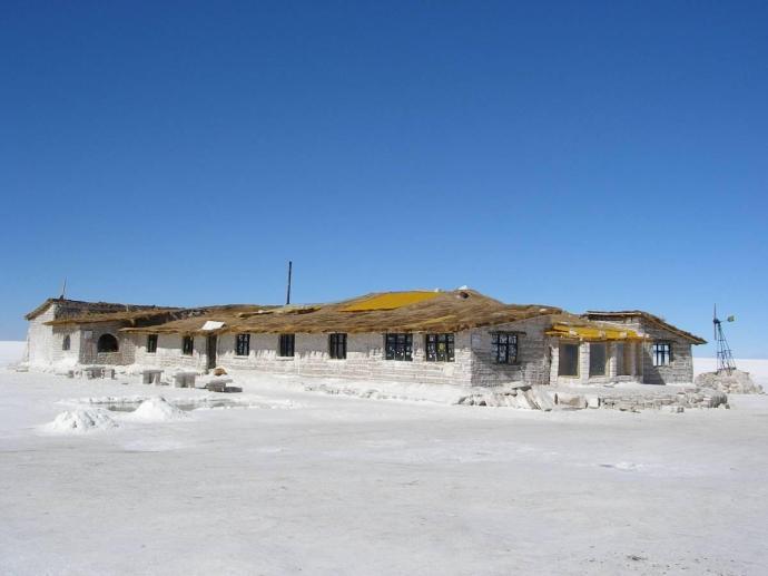 Hotel solny, Salar de Uyuni, Boliwia, fot. Fran A. Acero. Zdjęcie pochodzi ze strony autora http://www.viajeserraticos.com/