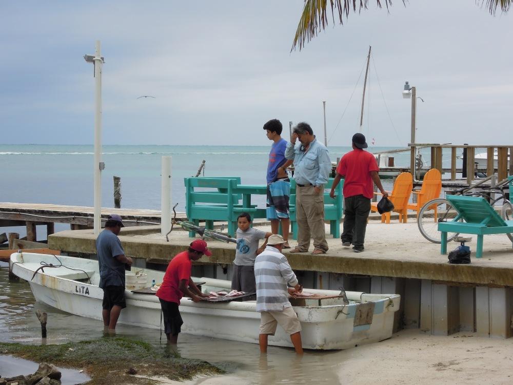 Rybołówstwo to obok turystyki wciąż główne źródło utrzymania lokalnych rodzin, Caye Caulker, Belize, fot. M. Lehrmann