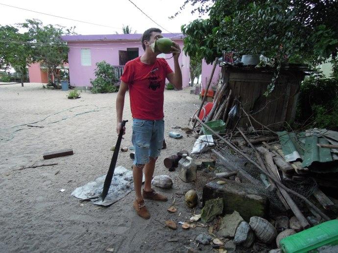 Maczeta w dłoni, Hopkins, Belize, fot. M. Lehrmann