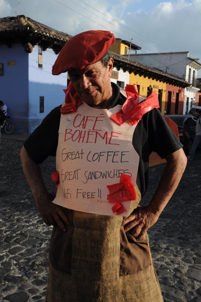 Chodząca reklama, Antigua, Gwatemala, fot. Ula Kupińska