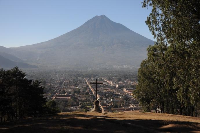Antigua, widok z Góry Krzyża, Gwatemala, fot. Ula Kupińska