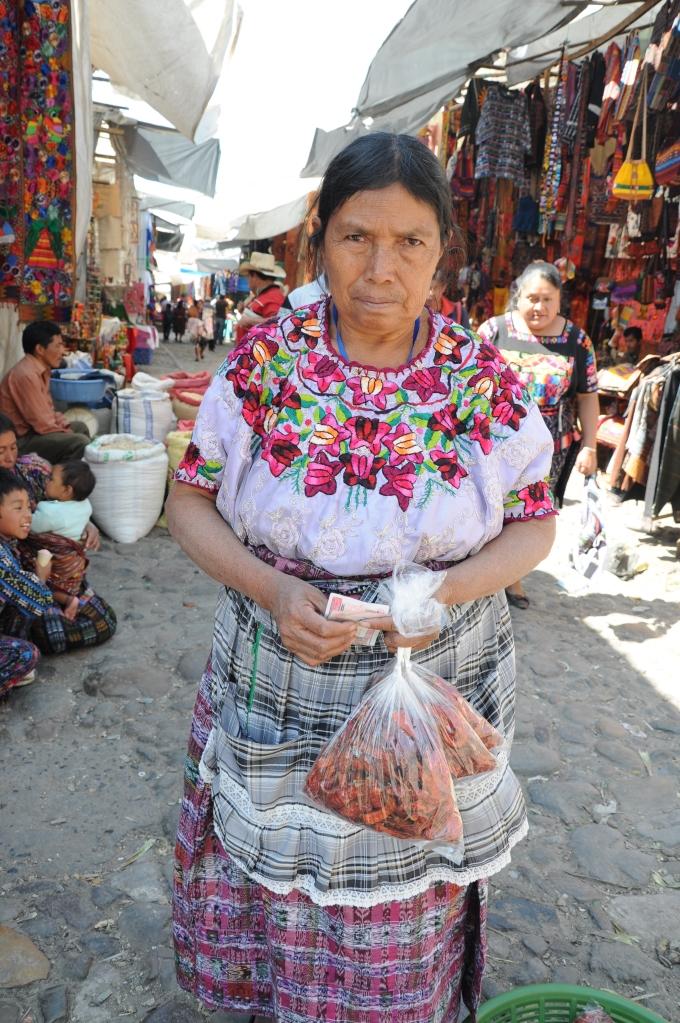 Niedziela, dzień targowy, Chichicastenango, Gwatemala, fot. Ula Kupińska