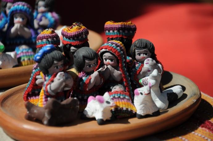 Szopka Bożonarodzeniowa w gwatemalskim kolorycie, Chichicastenango, Gwatemala, fot. Ula Kupińska