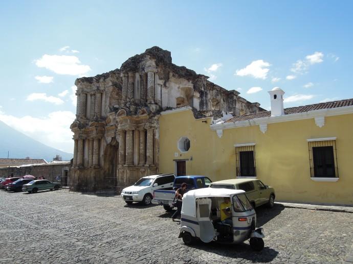 Ruiny Kościoła El Carmen, Antigua, Gwatemala, fot. M. Lehrmann