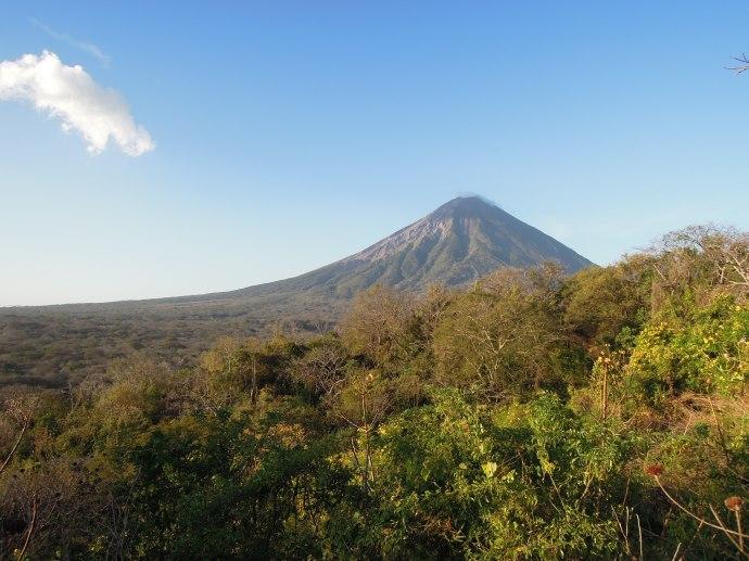Wulkan Concepcion jest wciąż aktywny, Isla de Ometepe, Nikaragua, fot. Iona Hodgson