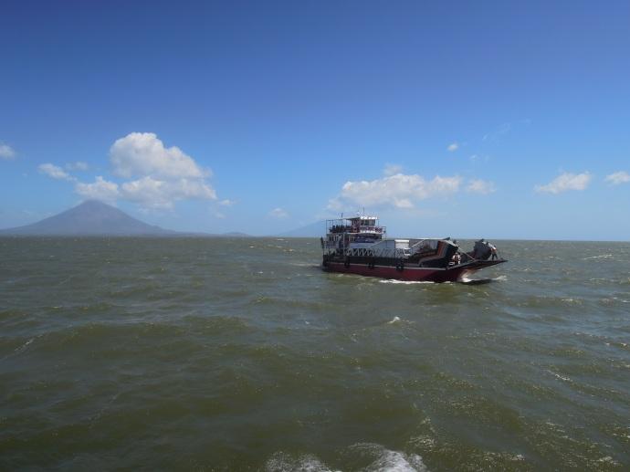 Prom na wyspę Ometepe, Nikaragua, fot. M. Lehrmann