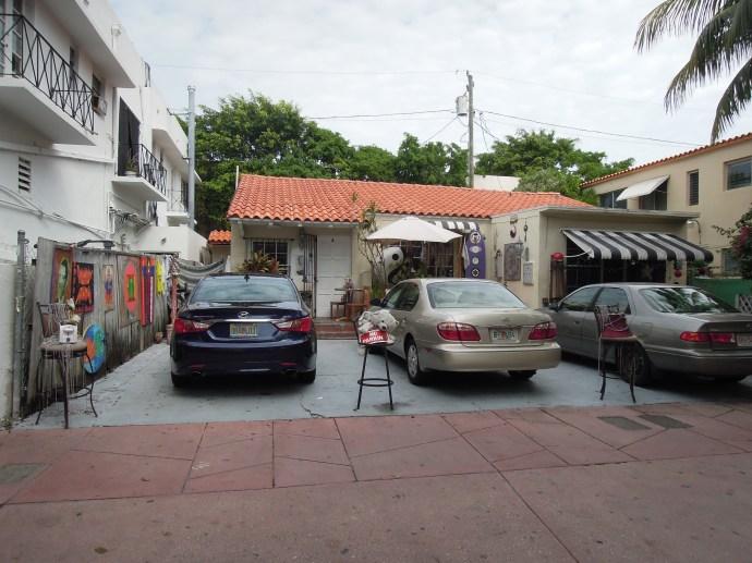 Espanola Way ma nieco cygański , artystyczny charakter, Miami, fot. M. Lehrmann