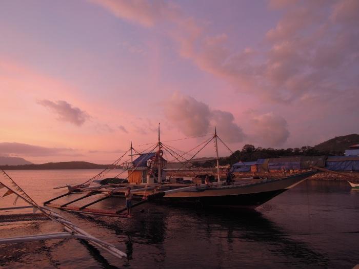 Banka, najpopularniejszy typ łodzi, Filipiny, fot. M. Lehrmann