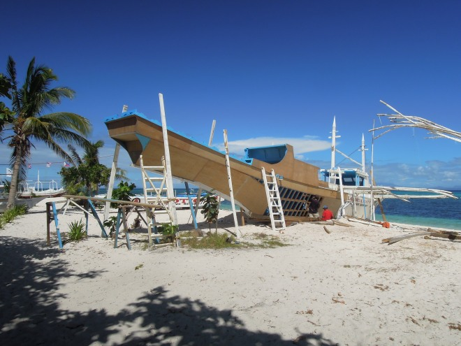 Budowa łodzi, Malapascua, Filipiny, fot. M. Lehrmann