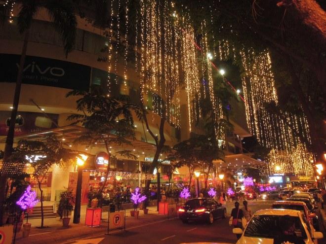 Noc w Kuala Lumpur, odrobina Azji, fot. m. Lehrmann
