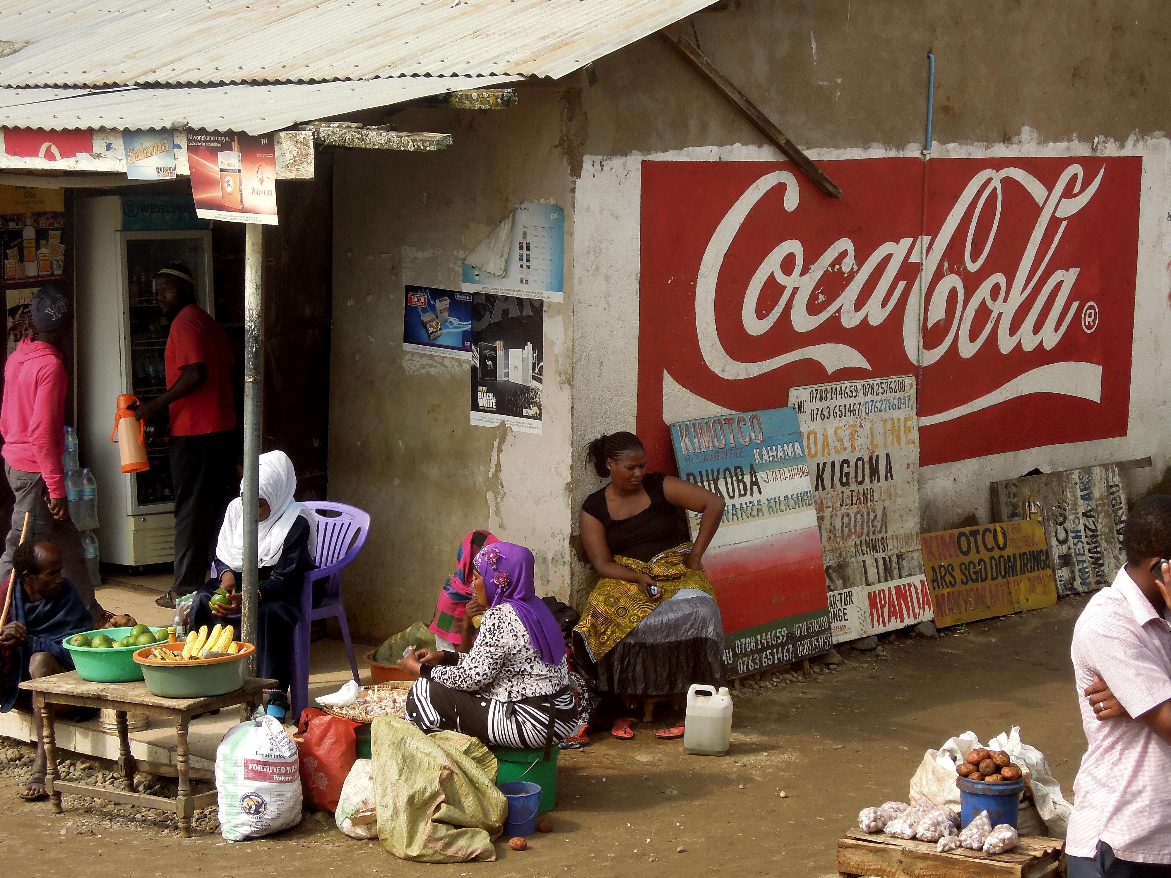 Gdzieś w Tanzanii na stacji autobusowej, fot. M. Lehrmann