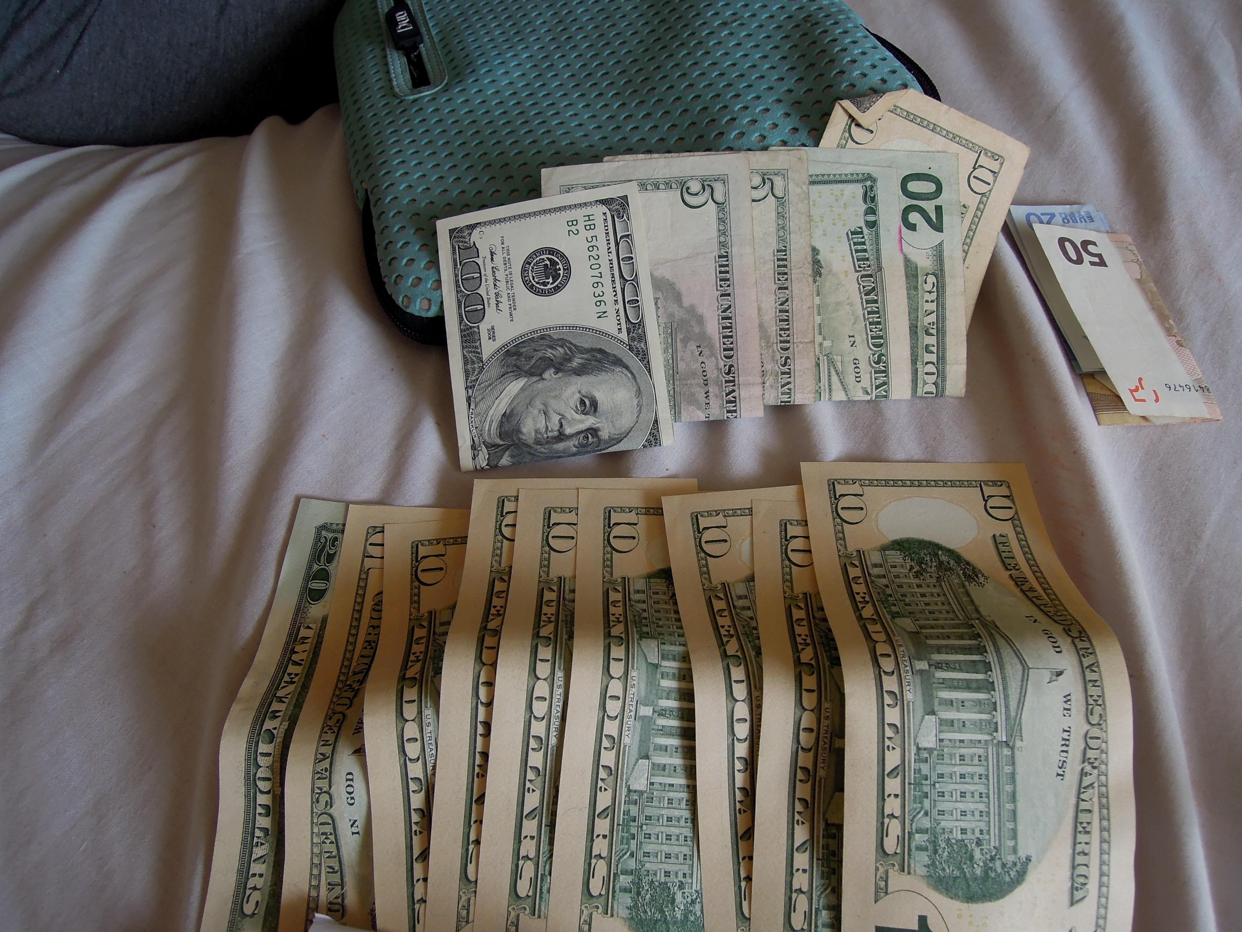 Odliczamy dolary do pierwszego, fot. M. Lehrmann